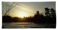 Hand Towel featuring the photograph Sunrise Over Mississippi River by Kent Lorentzen
