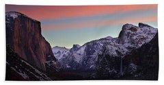 Sunrise Over Yosemite Valley In Winter Bath Towel