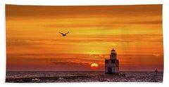 Sunrise Solo Bath Towel by Bill Pevlor