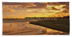 Sunset And Gulls Bath Towel