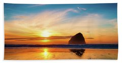 Sunset At Cape Kiwanda Bath Towel