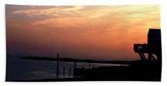 Sunset At Lordship Beach Bath Towel by Donna Walsh