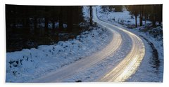 Sunset By An Icy Country Road Bath Towel