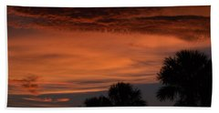 Sunset On The 4'th Bath Towel by Warren Thompson