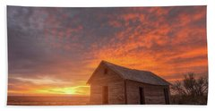 Hand Towel featuring the photograph Sunset On The Prairie  by Darren White