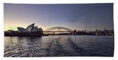 Sydney Skyline Bath Towels