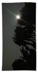 Hand Towel featuring the photograph Super Moon 1 by Karen Nicholson