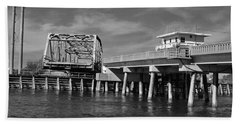 Bath Towel featuring the photograph Surf City Bridge - Black And White by Bob Sample