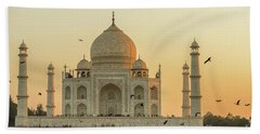 Taj Mahal At Sunset 01 Bath Towel