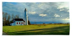 Sturgeon Point Lighthouse Bath Towel