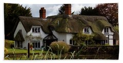 Hand Towel featuring the photograph Thatched Cottage by Baggieoldboy