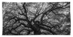 The Angel Oak Tree Bw  Bath Towel