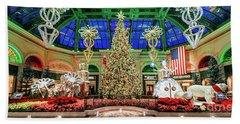 The Bellagio Christmas Tree 2017 2.5 To 1 Ratio Bath Towel