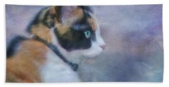 Hand Towel featuring the digital art The Calico Staredown  by Colleen Taylor
