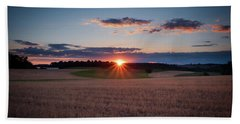 Bath Towel featuring the photograph The Fields At Sunset by Mark Dodd