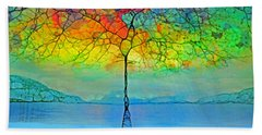 The Glow Tree Bath Towel