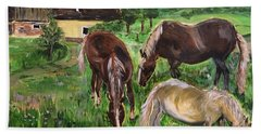 Bath Towel featuring the painting The Horses Of Larochemillay by Belinda Low