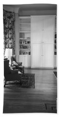 Hand Towel featuring the photograph The Living Room by Ester Rogers