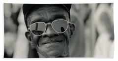 The March On Washington  A Smiling Man At Washington Monument Grounds Bath Towel