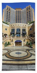 Bath Towel featuring the photograph The Palazzo Casino Main Entrance by Aloha Art