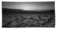 The Salt Flats Of Badwater Basin Bw Bath Towel