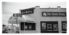 Hand Towel featuring the photograph The Stone Pony - One Way by Colleen Kammerer