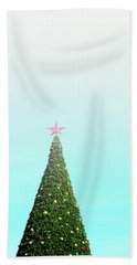 The Tallest Christmas Tee- Photograph By Linda Woods Hand Towel
