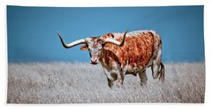Hand Towel featuring the photograph The Texas Longhorn by Linda Unger