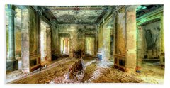 Bath Towel featuring the photograph The Villa Of The Boat In The Antique Salon - La Villa Della Barca Nell'antico Salone by Enrico Pelos