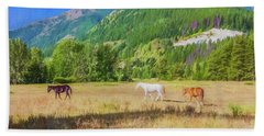 Three Horses In A Pasture With Elk Mountain In  The Background.  Bath Towel