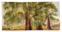 Three Live Oaks With Spanish Moss In A Florida Cow Pasture Bath Towel