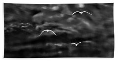 Three Seagulls Bath Towel