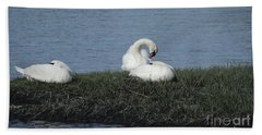 Three Swans Napping Bath Towel