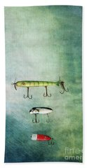 Three Vintage Fishing Lures Bath Towel