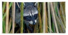 Through The Reeds - Raccoon Bath Towel