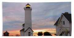 Tibbetts Point Lighthouse, July Sunset Hand Towel