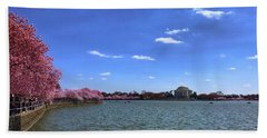 Tidal Basin Cherry Blossoms Bath Towel