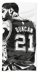Tim Duncan San Antonio Spurs Pixel Art 2 Hand Towel