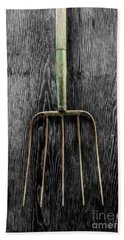 Tools On Wood 7 On Bw Bath Towel by YoPedro