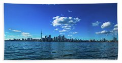 Bath Towel featuring the photograph Toronto 1 by Mariusz Czajkowski