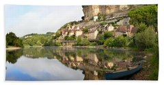 Town Of Beynac-et-cazenac Alongside Dordogne River Bath Towel