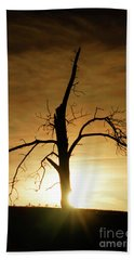 Tree Silhouette At Sundown Bath Towel