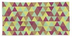 Triangular Geometric Pattern - Warm Colors 08 Bath Towel
