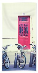 Bath Towel featuring the photograph Trois - Three Bicycles In Paris by Melanie Alexandra Price
