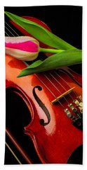 Tulip And Violin Bath Towel