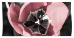 Tulip Up Close Hand Towel