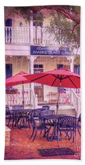 Umbrella Cafe Bath Towel