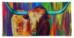 Bath Towel featuring the painting Uptown Longhorn by Karen Kennedy Chatham