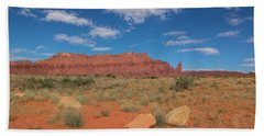 Hand Towel featuring the photograph Utah Canyons by Heidi Hermes