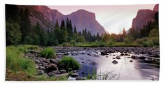 Valley View Sunrise Bath Towel